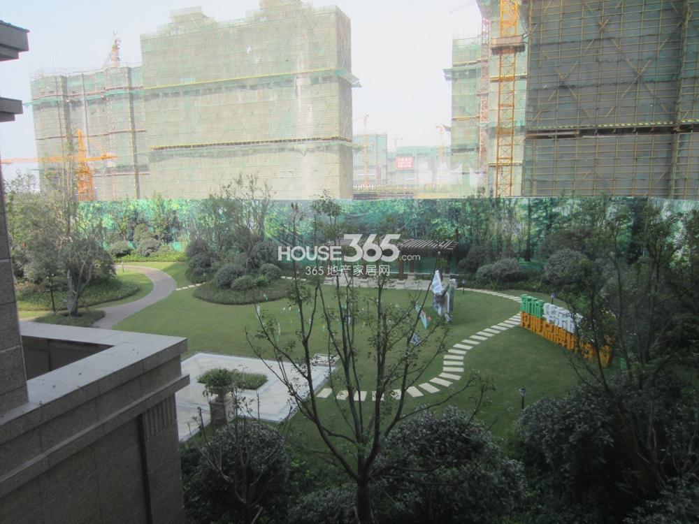 吴江新城吾悦广场实景图2014.10.20