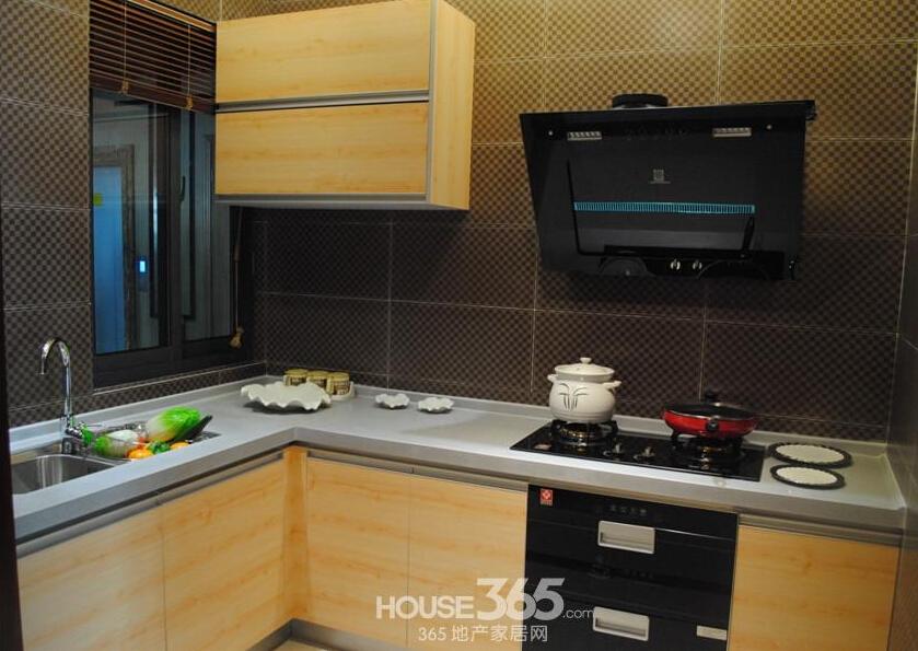 华南城紫荆名都样板间厨房