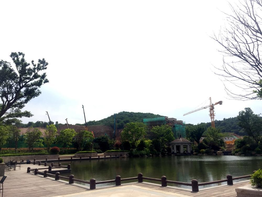 银亿东城9街区动工实景图(5.20)