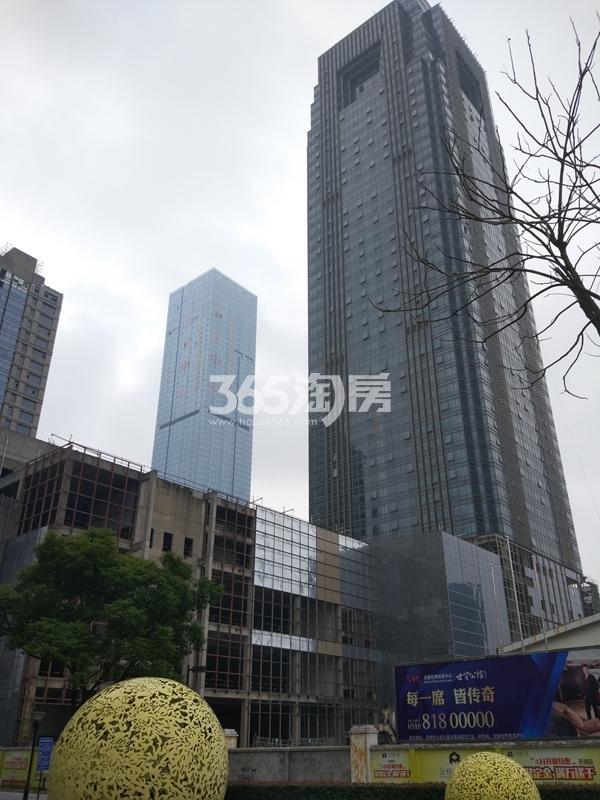 世贸公馆二期高层实景图(2017.4 摄)