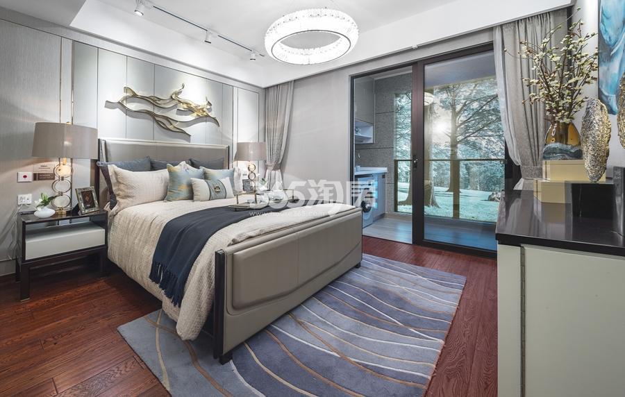 新城香悦公馆A3户型125方样板房——主卧