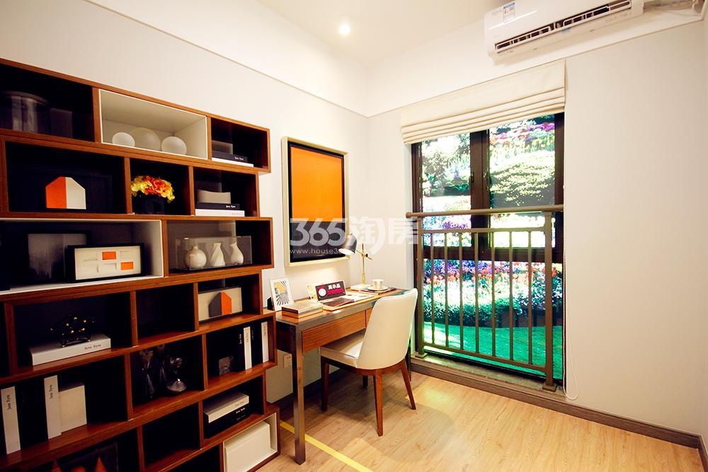 雅居乐国际花园二期89方样板房——书房