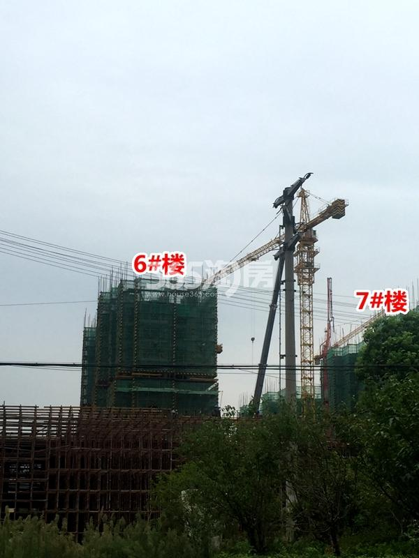 绿地天空树沿蠡湖大道洋房施工实景图(2017.8摄)